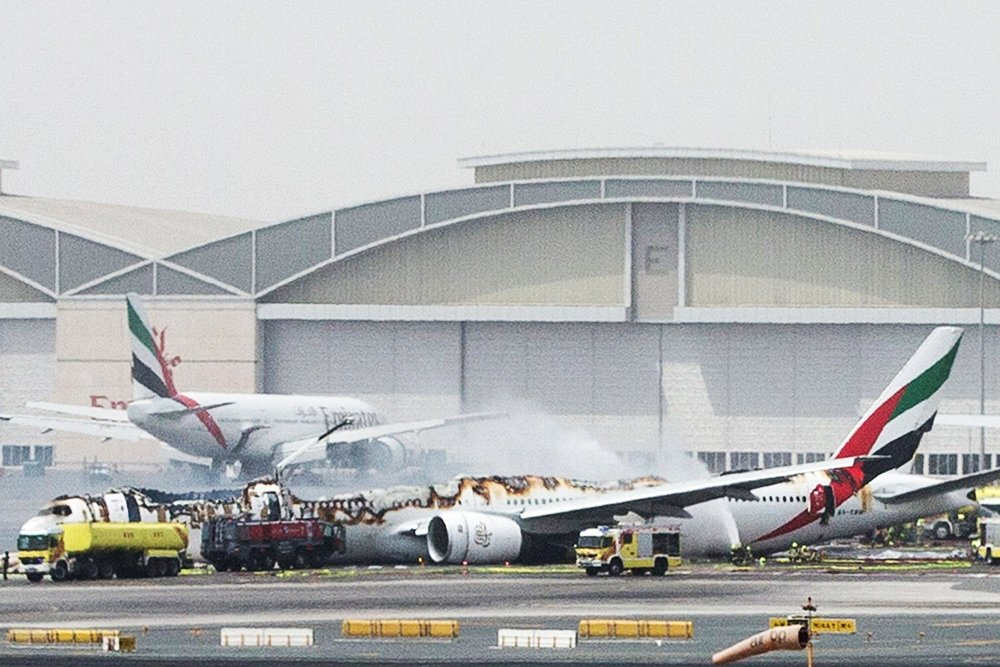 airline safety and the reasons of airplane crashes